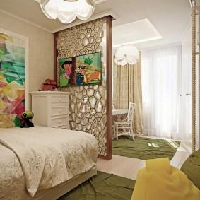 Декоративная перегородка в комнате родителей и детей