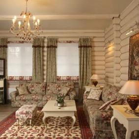 Беленные стены в бревенчатом доме