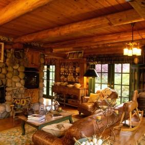 Камень и дерево в дизайне гостиной