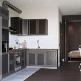 Подвесные шкафы в кухонной зоне