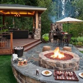 Место для отдыха на садовом участке