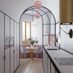 Арка между кухней и гостиной в маленькой квартире