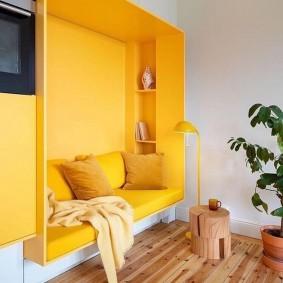 Желтый цвет в качестве яркого акцента
