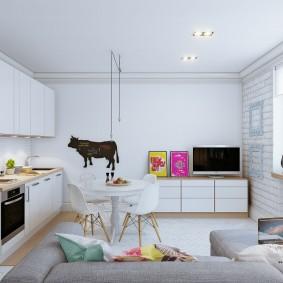 Светлая мебель с гладкими фасадами