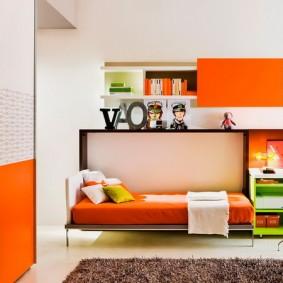 Оранжевые вставки на фасадах детской мебели