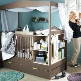 Удобная кровать для ребенка от года до семи лет