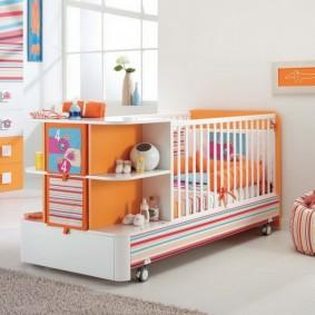 Мобильная кроватка для новорожденного ребенка