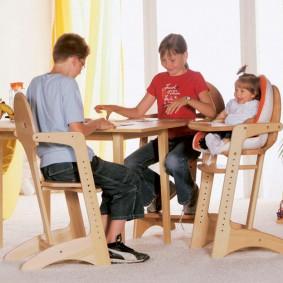 Универсальная мебель для детей разного возраста