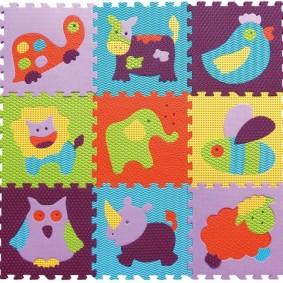 Рисунки зверушек на детском коврике