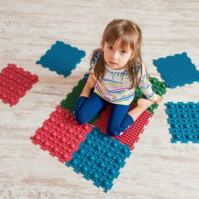 Массажный коврик модульного типа