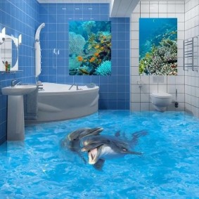 Угловая ванна в санузле совмещенного типа