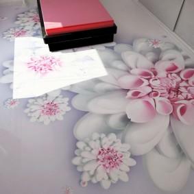 Эпоксидный пол с рисунком цветов