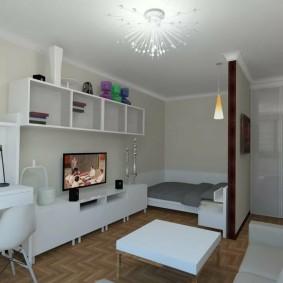 Белые полки в маленькой квартире