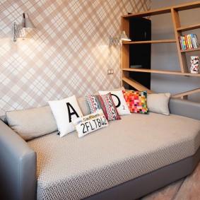 Удобный диван для комнаты подростка