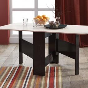 Обеденный стол в гостиную современного стиля