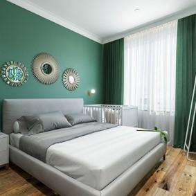 деревянный пол в спальне квартиры