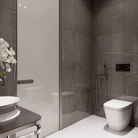Туалет в оттенках серого цвета