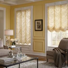 Французские шторы из белой ткани
