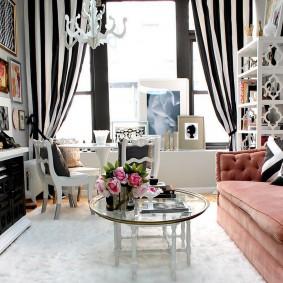 Полосатые шторы в интерьере стиля арт-деко