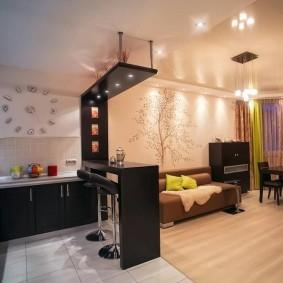 Кухня-гостиная в двухкомнатной квартире