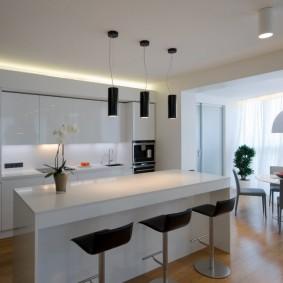 Минимализм в оформлении кухни гостиной