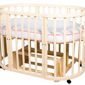Внешний вид кроватки трансформера в собранном виде