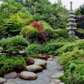Современный сад в японском стиле