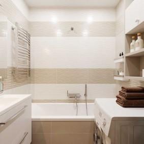 Встроенные светильники на потолке ванной