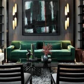 Сочетание изумрудного и серого тонов в интерьере гостиной