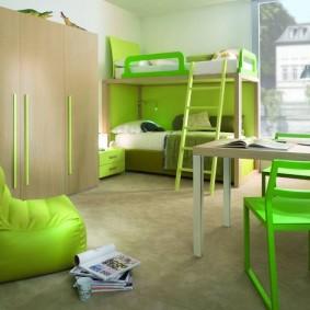 Зеленая мебель в современной детской