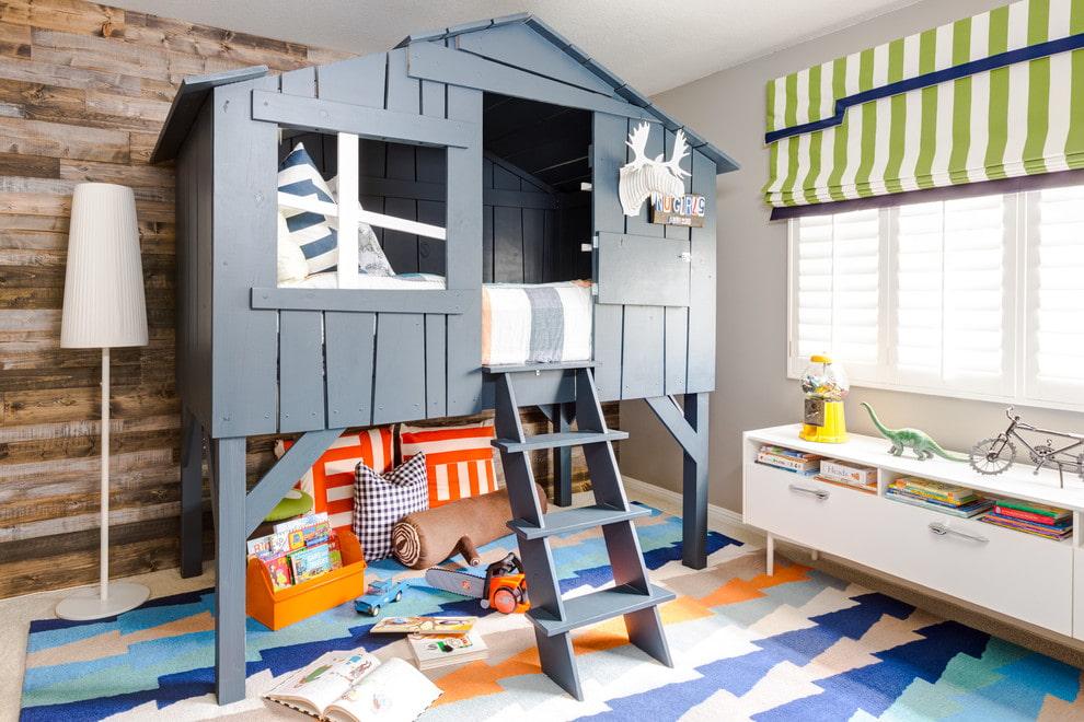 Игровая кровать-чердак для маленького мальчика
