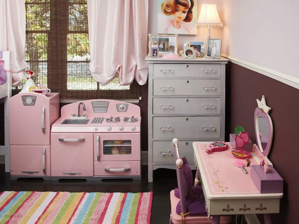 Игровая мебель в детской комнате
