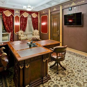 кабинет в квартире классика