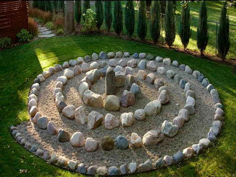 клумба из камня дизайн идеи