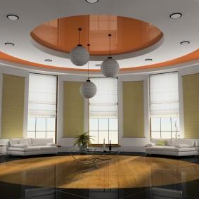 комбинированный натяжной потолок в зале