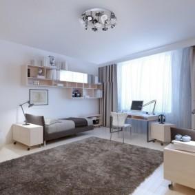 Серо-коричневый ковер в комнате подростка