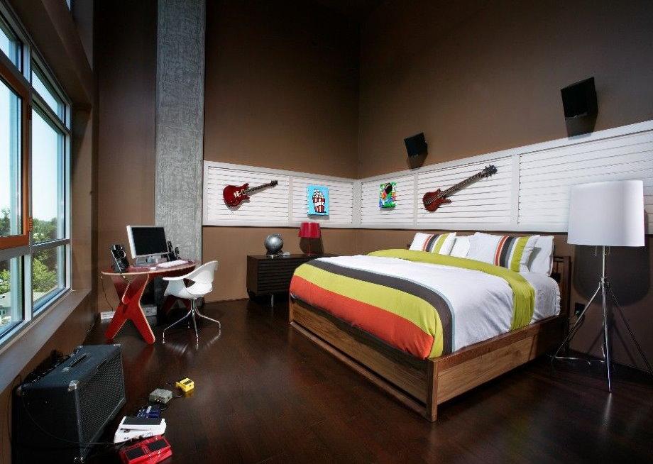 Минимум мебели в спальне подростка