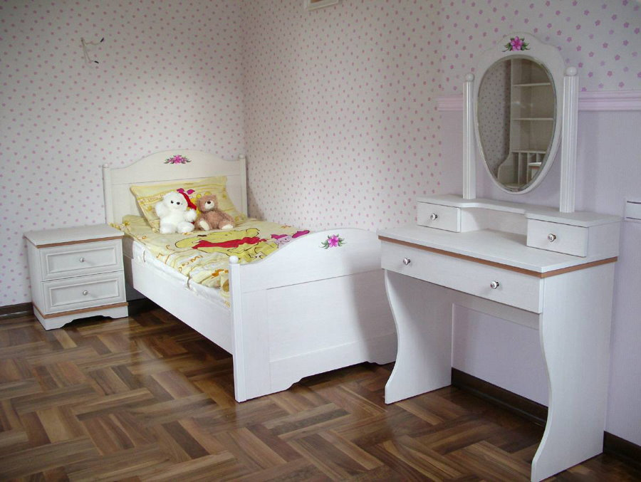Детская мебель в комнату девочки дошкольного возраста