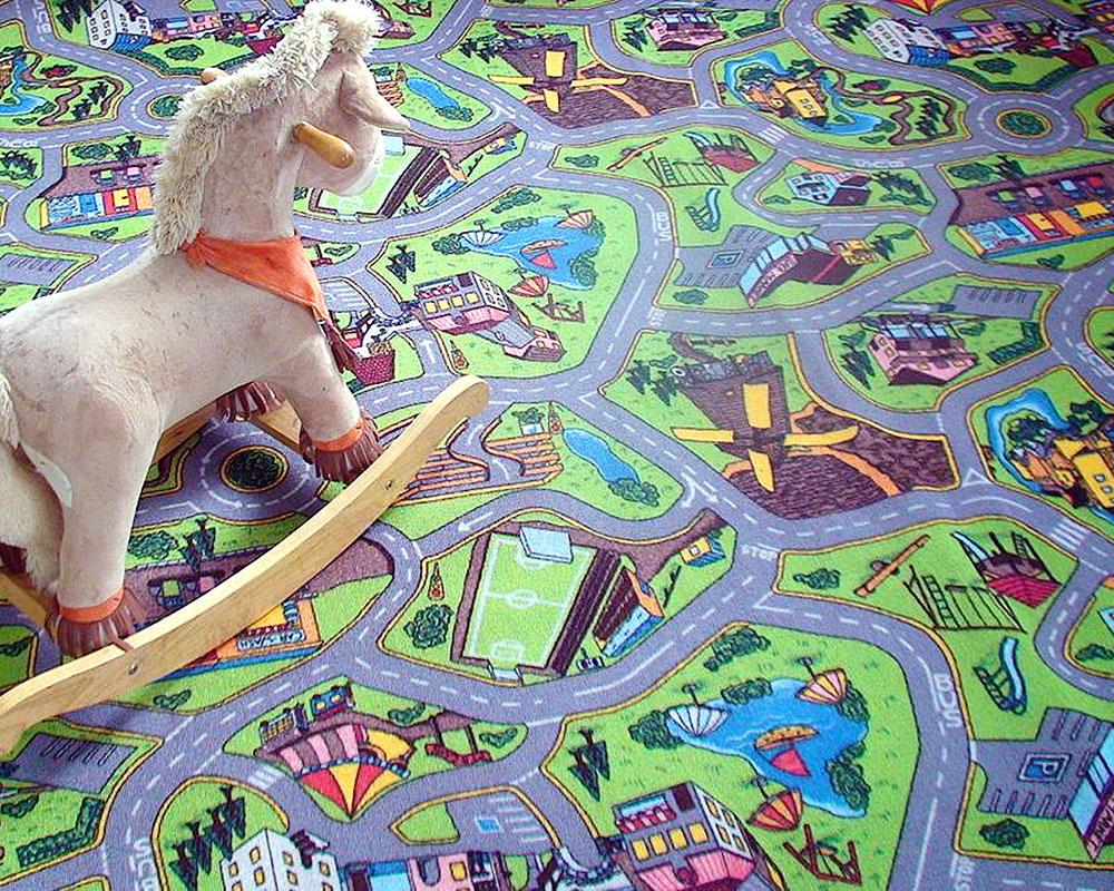 Детский ковролин с принтом городка
