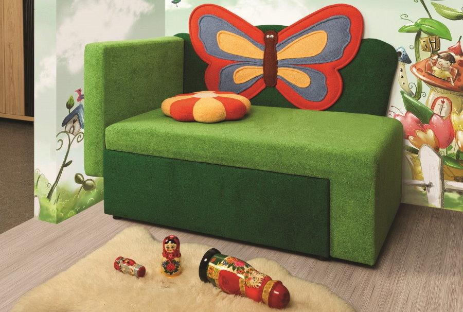 Детское кресло-кровать с тканевой обивкой