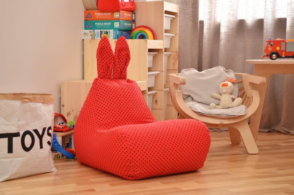 Бескаркасное кресло с прочным тканевым чехлом