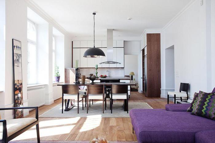 Ламинированный пол в светлой квартире