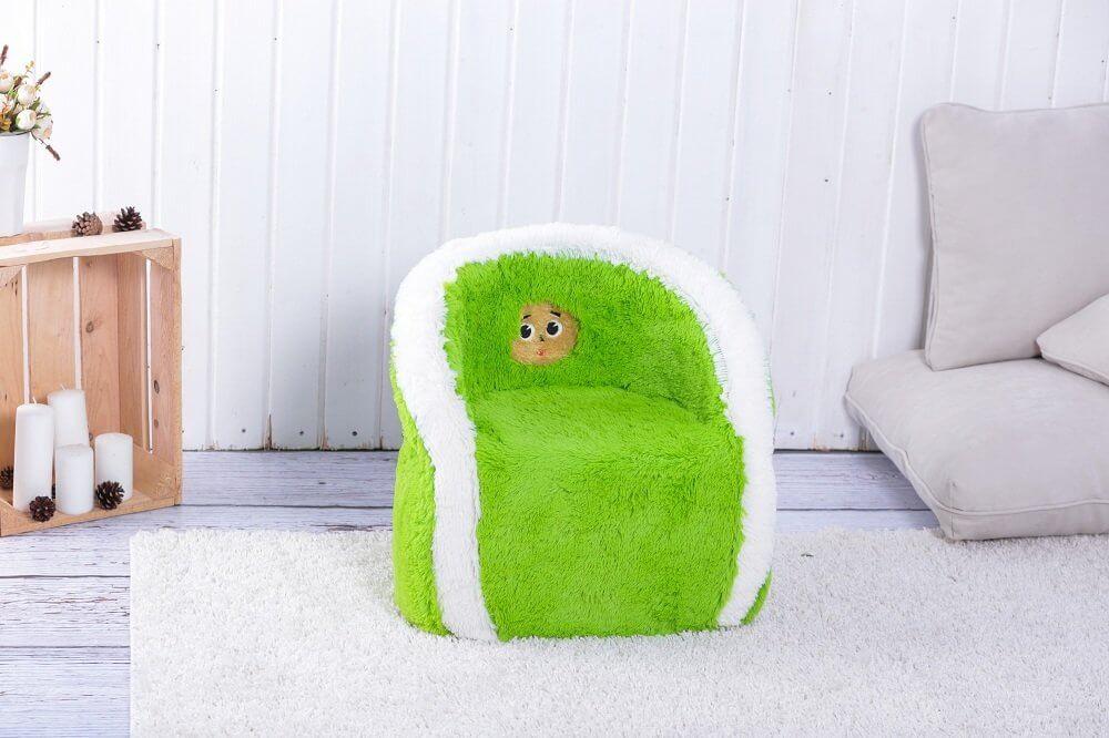 Мягкое кресло для маленького ребенка