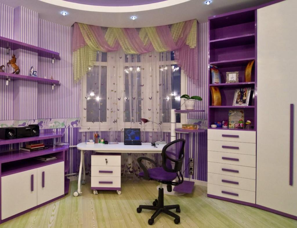Сиреневая мебель в комнате девочки подростка