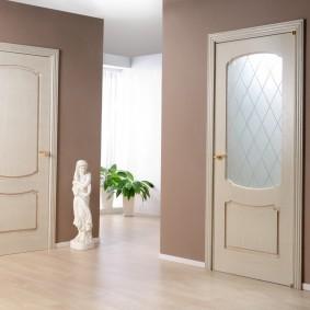 межкомнатные двери в квартире виды фото
