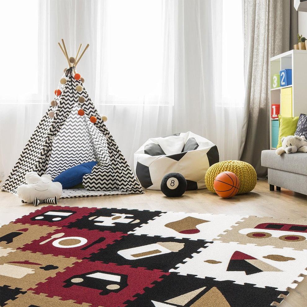 Мягкий коврик перед игровым домиком в форме шалаша