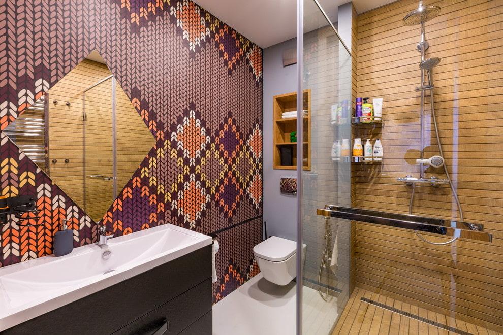 Красивая мозаика в ванной комнате с душем