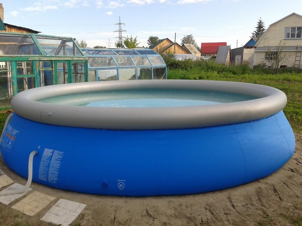 Круглый надувной бассейн из прорезиненной ткани