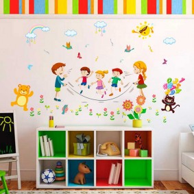 наклейки для детской комнаты оформление идеи