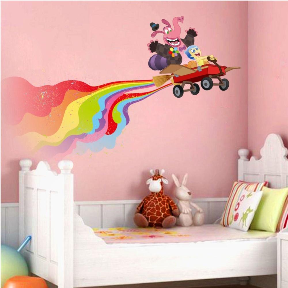 наклейки на стене в детской декор фото